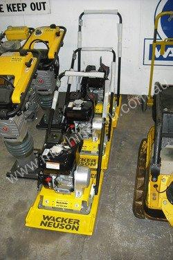 NEW Wacker Neuson Plate Compactor VPH70 full